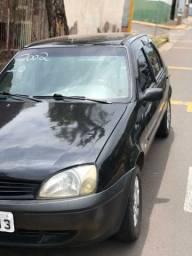 Fiesta  1.0 2002 wats *
