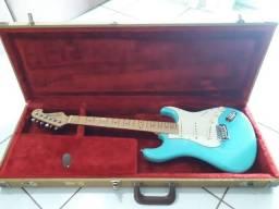 Guitarra Tagima T635 com HardCase Luxo Captação Fender