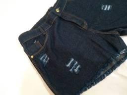 Short Jeans com Destroyed