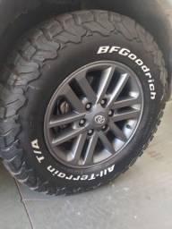 Jogo de roda Hillux aro 17 sem pneu (leia descrição)
