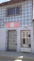 Título do anúncio: Casa dois andares com ponto na frente para abrir negócio (caso queira)