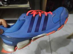 Tênis Adidas Número 44