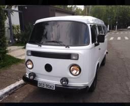 Volkswagen Kombi 2001 1.6 injeção eletrônica impecável!!
