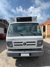 Volkswagen 8-150 e Delivery Baú Frigorifico