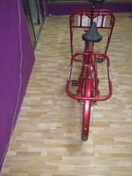 Vendo está bicicleta de carga nova pouco usada