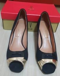 Sapato Peep Toe Camurça Preto com Metal Glamour Dourado Vizano Tamanho 38