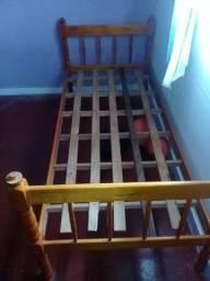 Vendo  cama urgente preciso que retire no ou amanhã