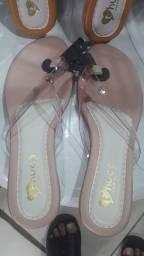 Título do anúncio: Sandálias rasteira tamanhos 33 a 42