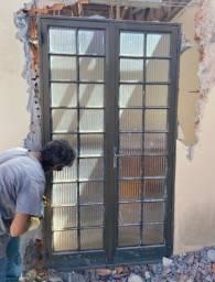 Portas e Vitrôs Usados com Vidros