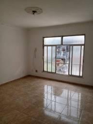 Apartamento em Bento Ribeiro 02 quartos