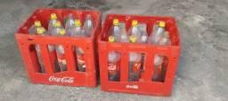 Título do anúncio: Vendo 2 caixas de coca-cola retornável