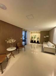 Apartamento na Ponta Verde, 3 quartos sendo 1 suite, cozinha gourmet.