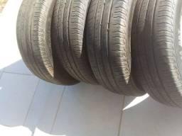 Vende-se 4 pneus 185/70 R14