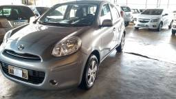 Nissan March S1.0 Única Dona 2014