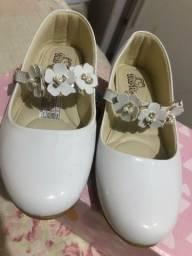 Título do anúncio: Sapato branco sapatinho branco