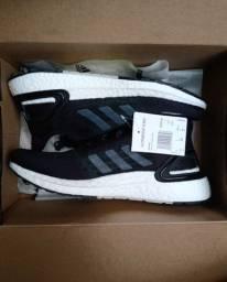 Tênis Adidas Ultraboost preto - N°39