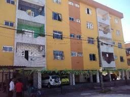 Título do anúncio: Apartamento de 03 quartos próx. ao supermercado Center Box, da Av José Bastos.