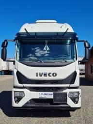 Título do anúncio: Caminhão Iveco Tector 24-300 Automático Leito Semi Novo 2021/2022