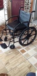 Título do anúncio: Cadeira de rodas nova