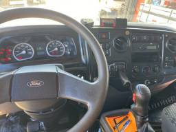 Ford cargo 2429 caçamba ROSSETTI