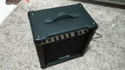 Cubo 40W para contrabaixo Master Audio BX 1.08