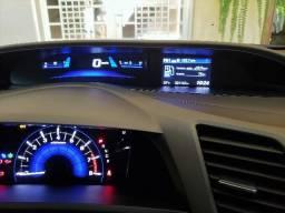 Honda Civic LXR 2014 - Com apenas 21200 km - 2014