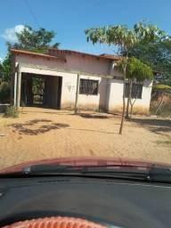 Vendo uma casa no setor universitário fone 63 999170351 Whatsapp