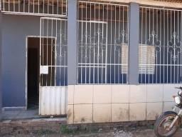 Aluga-se esta casa 500 R$