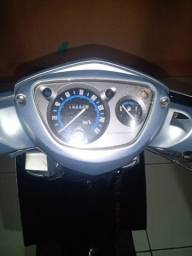 Moto neo automática Yamaha 2011 só troca por moto maior