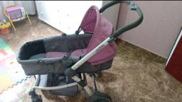 Vendo carrinho de bebê Kiddo, semi-novo .