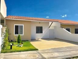 Casa sendo 2/4 ampla com móveis planejados
