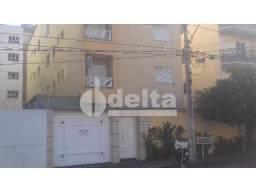 Apartamento para alugar com 3 dormitórios em Jardim finotti, Uberlandia cod:297364