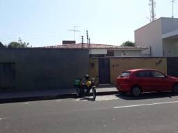 Casa Residencial à venda, 4 quartos, 2 vagas, Centro - Teresina/PI