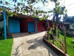 Imóvel rural, para moradia e com ponto comercial, ótima localização