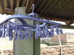 Suporte de uso secador de roupas