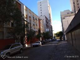 Apartamento mobiliado completo de 2 quartos no Bom Fim - PoA