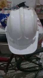 Vendo capacete de obra 50 reais