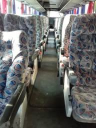 Vendo peças de ônibus O400