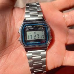 Título do anúncio: Relógio Casio Vintage Prata Unissex