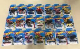 Carrinhos Hot Wheels R$ 12,90 cada