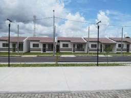 Alugo casa no Gran Jardim das Cerejeiras.
