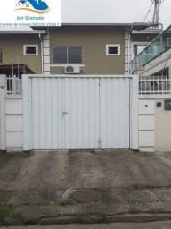 Casa à venda com 2 dormitórios em Centro, Balneario camboriu cod:SB00244