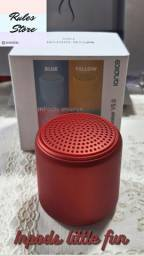 Mine caixinha de som potente apenas na cor vermelha