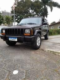 Título do anúncio: Jeep Cherokke 1998