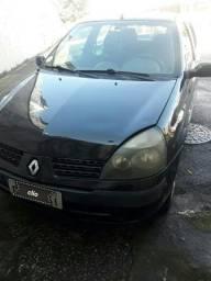 Título do anúncio: Clio Sedan 1.6 completo 2005