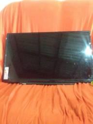 Vendo tv Toshiba pro 130 tela não aparece imagem mais áudio fala