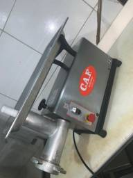 Título do anúncio: Máquina de moer Carne