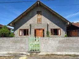 Casa de material em Biguaçu
