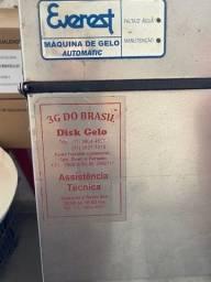 Título do anúncio: Maquina de gelo em cubos profissional 80kg/hora - everest mod 75 A - otima oportunida