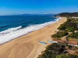Título do anúncio: Praia de Estaleirinho - BC - Terreno plano com 500 m²